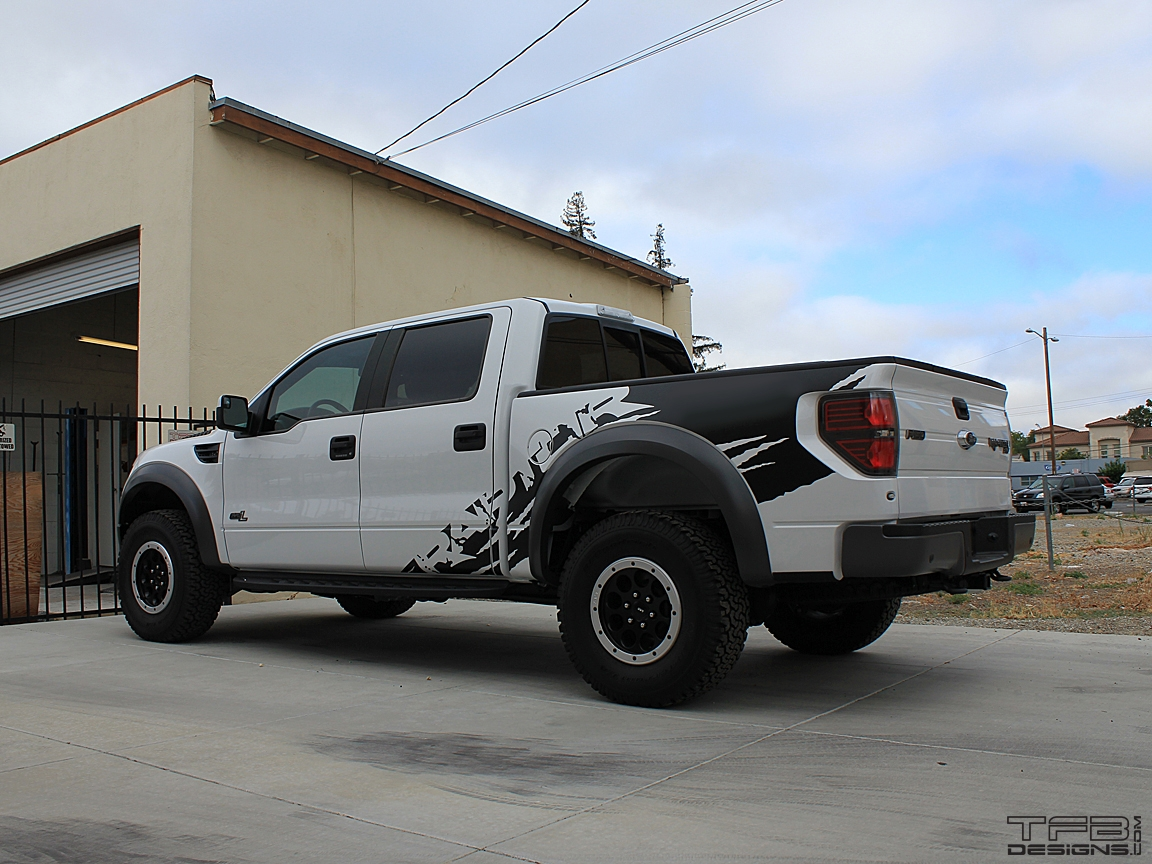 Full side graphics kit for the 2010 2014 ford raptor crew cab